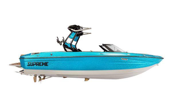 2022 Supreme S220