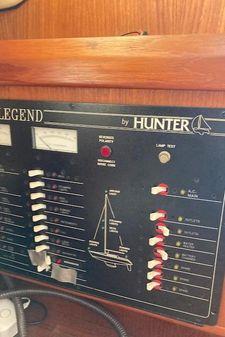 Hunter 35.5 image