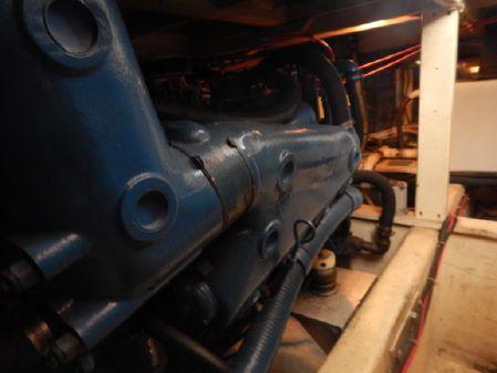 Chris-Craft 382 Commander image