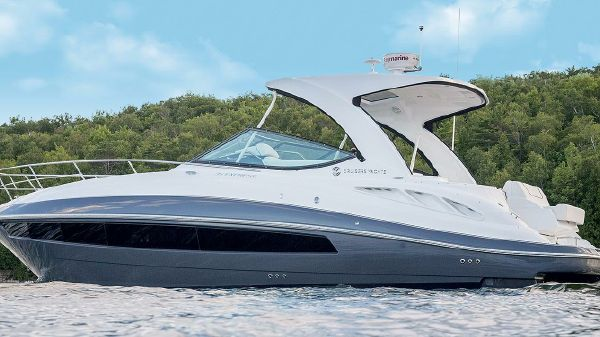 Cruisers Yachts 350 Express Port Side