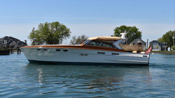 Mays Craft 42 Sport Cruiser