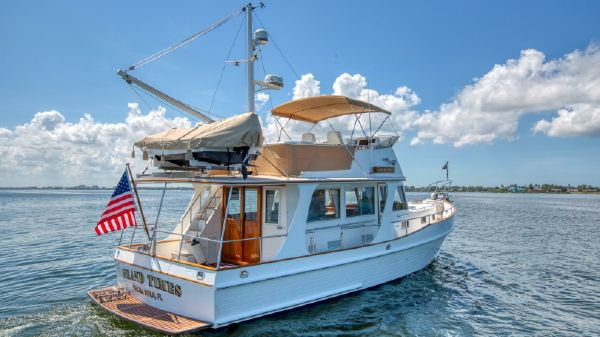 Grand Banks Europa 42 Starboard Profile