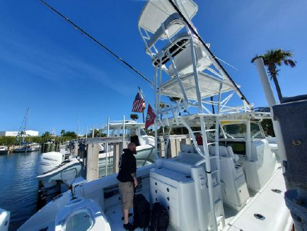 Yellowfin 42 Offshore image
