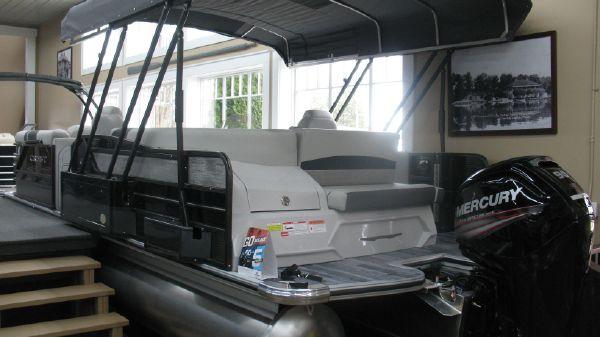 Crest Classic SLS 230
