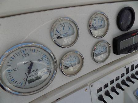 Wellcraft 46 Cockpit Motor Yacht image