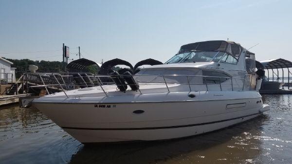 Cruisers Yachts 4450