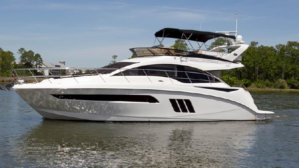 Sea Ray 51 Fly