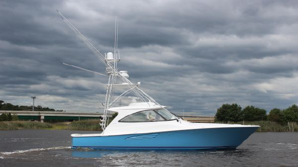 Viking 48 Sport Tower Starboard Side