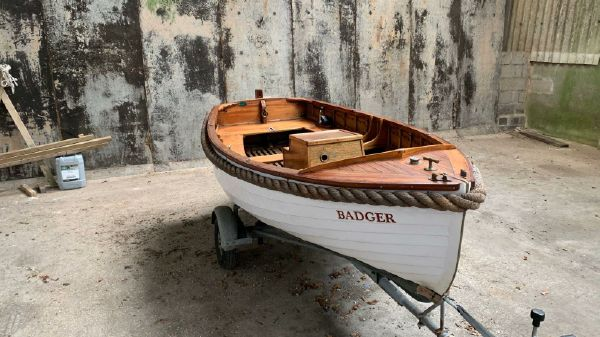 Classic Clinker 12ft Electric Launch