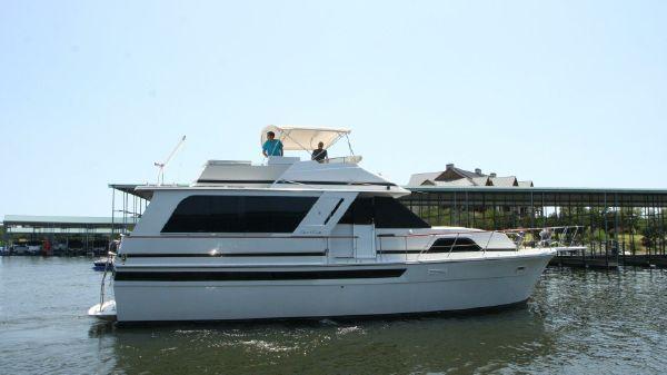 Chris-Craft 501 Motor Yacht