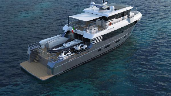 Italian Vessels Enjoy Yacht 93,9