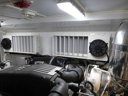Hunt Yachts 68 Hunt image