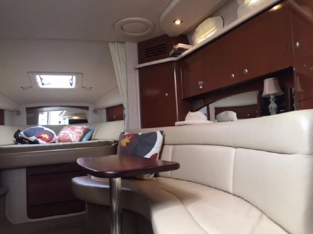 2008 Sea Ray 320 Sundancer Brokerage Buy