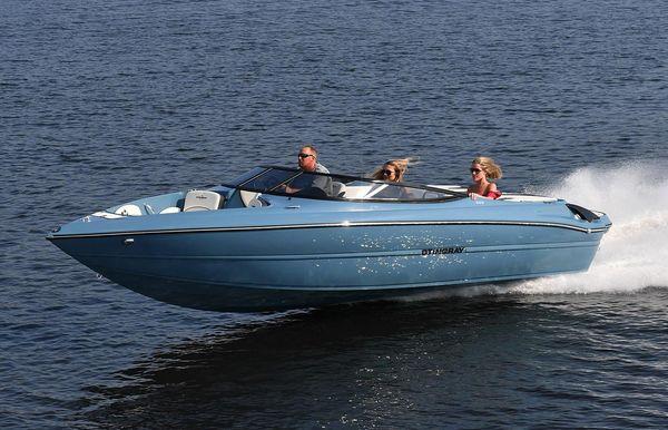 2020 Stingray 225 SE