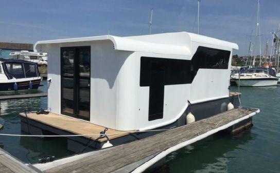 Marina Boats Inspiration 25 Floating Lodge image