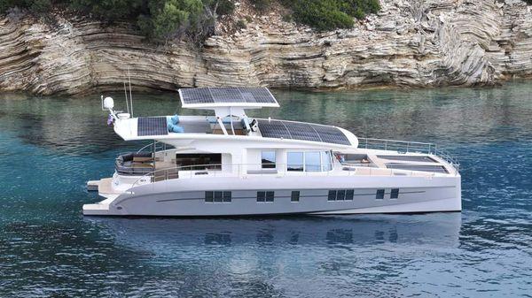 Silent Yachts Solar Wave 64