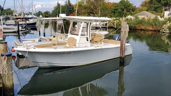 Sea Hunt 235 SE