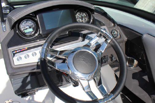 Monterey 235 Super Sport image