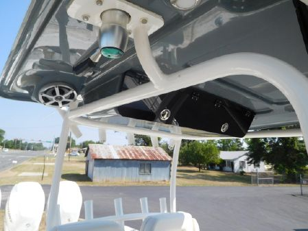 Key West Billistic 351 Center Console image