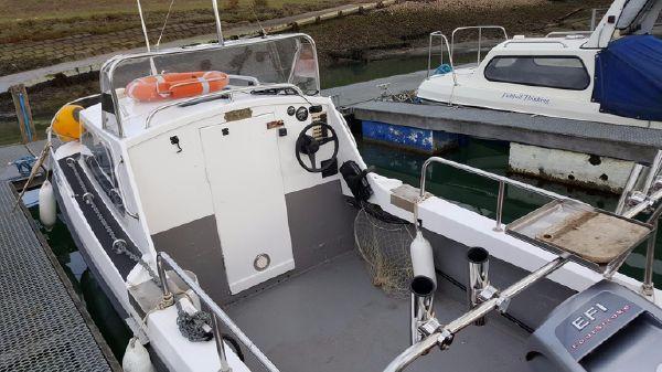 Wilson Flyer 17 Sea angler. Enclosed forward cuddy cabin.