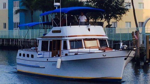 Marine Trader 43 Sundeck Trawler