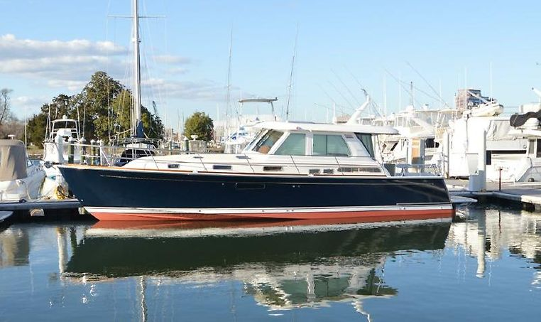 2017 Sabre Yachts 48 Salon Express