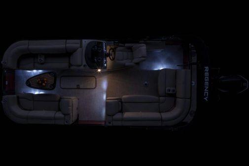 Regency 210 DL3 image