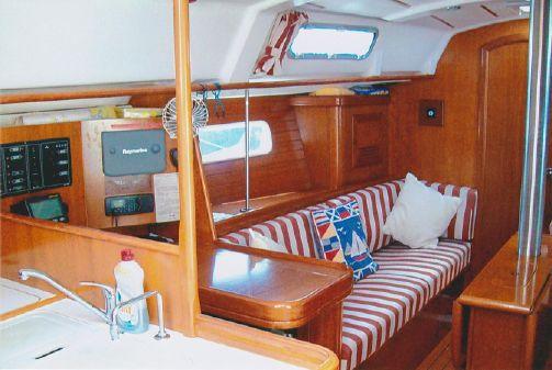 Beneteau Oceanis Clipper 361 image