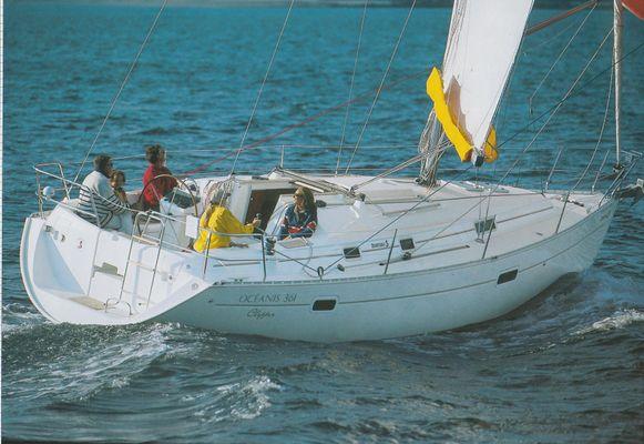 Beneteau Oceanis Clipper 361 - main image