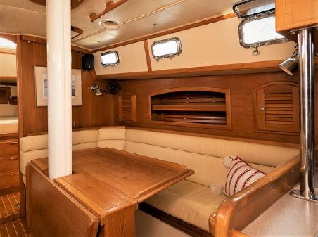 Pacific Seacraft 40 image