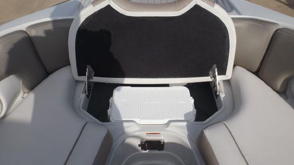 Crownline Eclipse E285 image