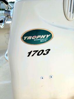 Bayliner 1703 Trophy image