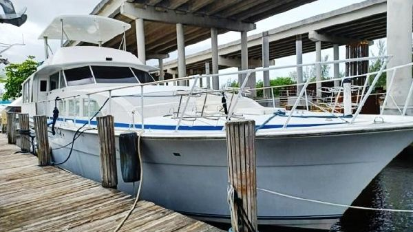Bertram 71 Motor Yacht