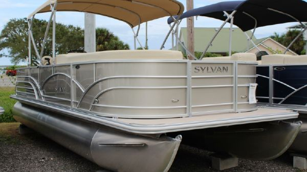 Sylvan Mirage 8522 Cruise & Fish