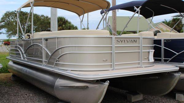 Sylvan Mirage 8522 Cruise & Fish