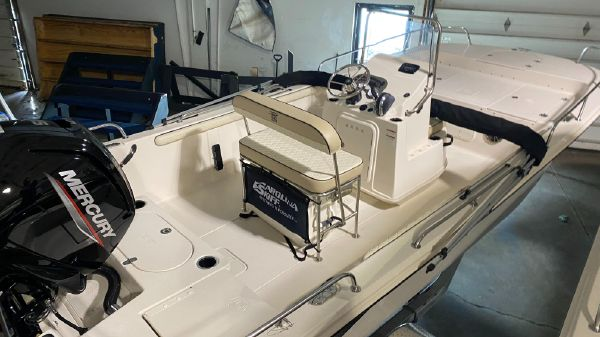 Carolina Skiff 19LS Center Console