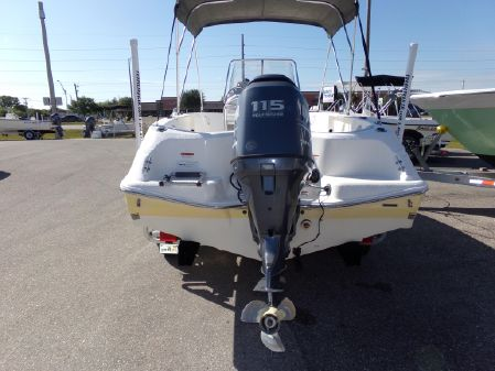 Wellcraft 180 Fisherman image