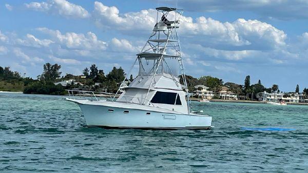Hatteras 34FT Sportfish
