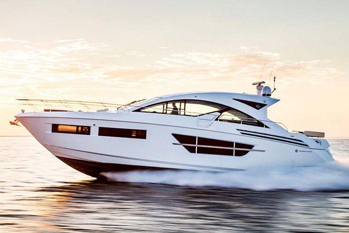 2019 Cruisers Yachts 60 Cantius - Krenzer Marine