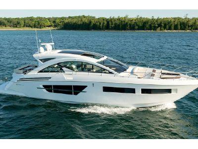 2020 Cruisers Yachts<span>60 Cantius</span>