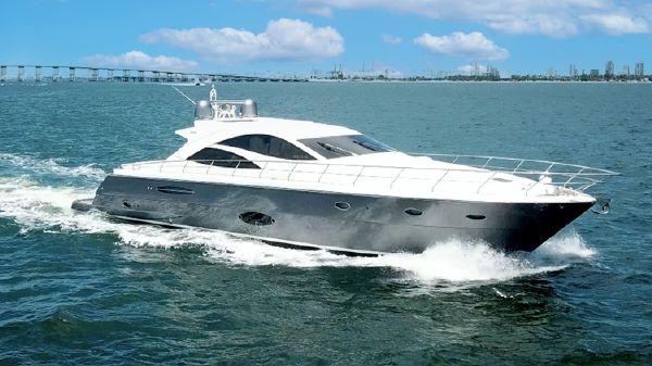 Uniesse 2007 Sport Motor Yacht