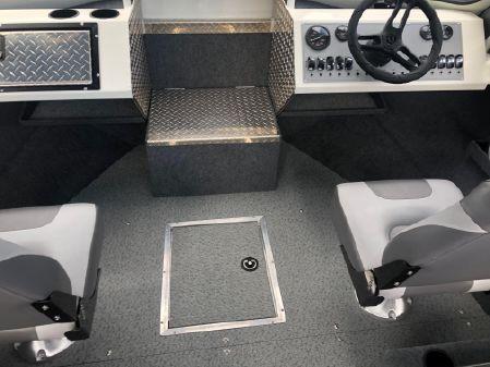 Thunder Jet 185 Luxor image