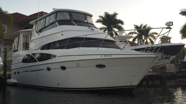 Carver 46 / 466 HARD TOP Motor Yacht