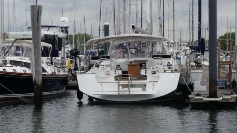 2015 Beneteau Oceanis 55 Buy Sell