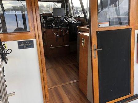 Bayliner 3870 Motor Yacht image