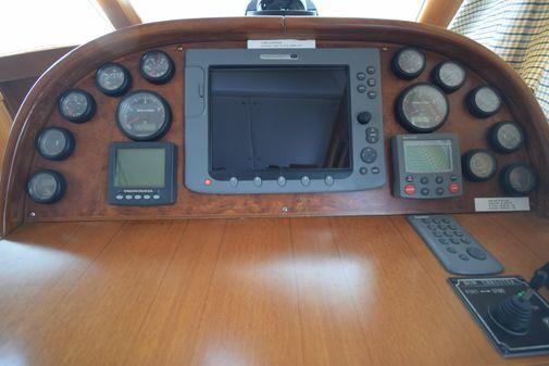 Island Pilot 395 image