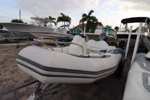 Zodiac Yachtline image