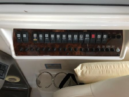 Regal 3060 Window Express image