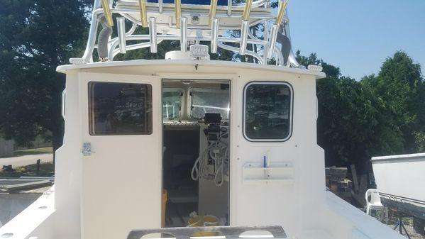Parker 2820 XL Sport Cabin image
