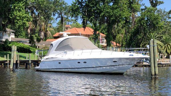 Cruisers Yachts 460 Express